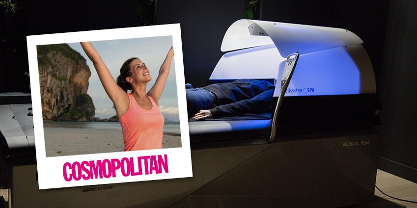Cosmopolitan conseille une séance sur une table de massage Hydrojet